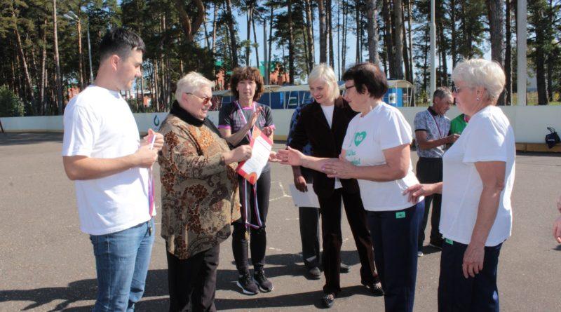 Краснокамские пенсионеры сдавали нормы ГТО и соревновались в городошном спорте