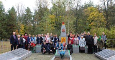 Школьники Караидельского района побывали в Беларуси и почтили память земляка-героя