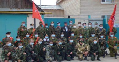 В Сибае прошли парады по месту жительства ветеранов войны