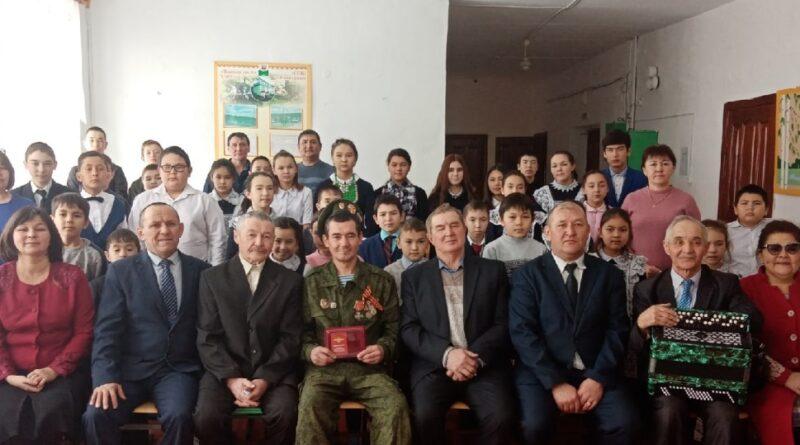 В Зилаирском районе состоялась встреча с кавалером ордена Мужества